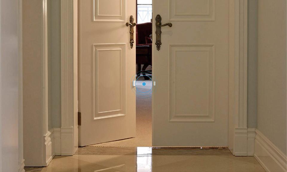 Датчик Aqara Door Sensor на дверях