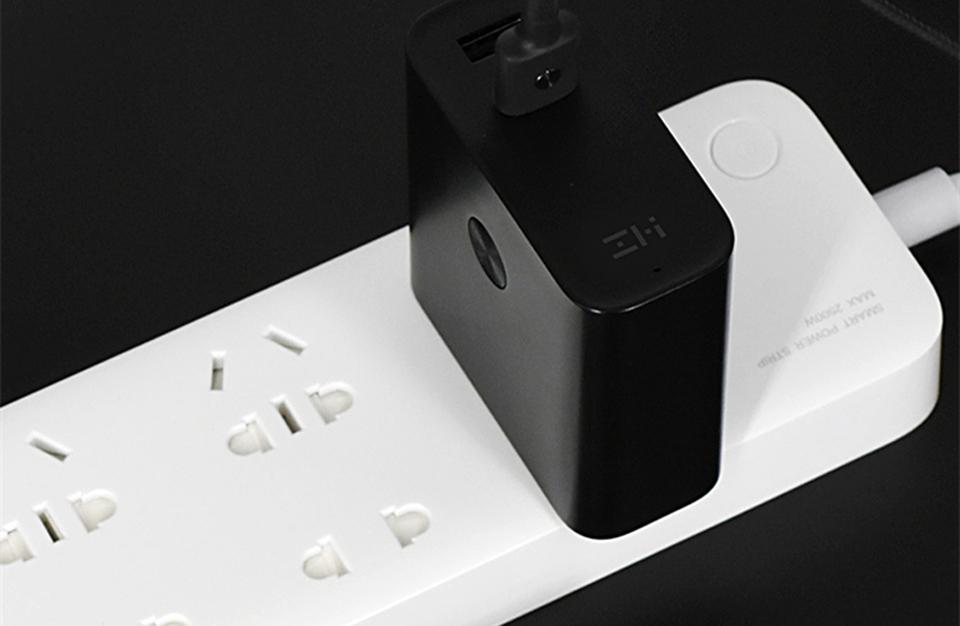 Зарядное устройство с Power Bank ZMI APB01A (5200 mAh) защита