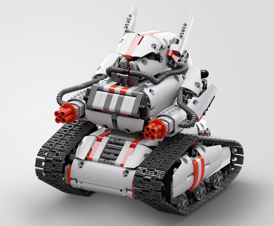 Игрушка трансформер Mi Robot Rover крупным планом